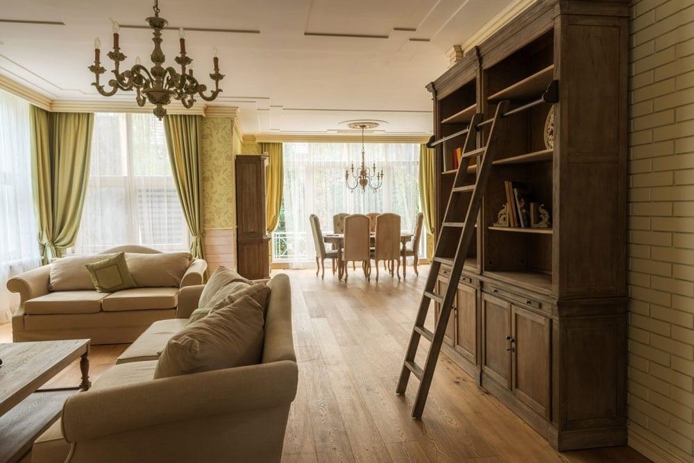 Umziehen im Alter - wohin mit den Möbeln